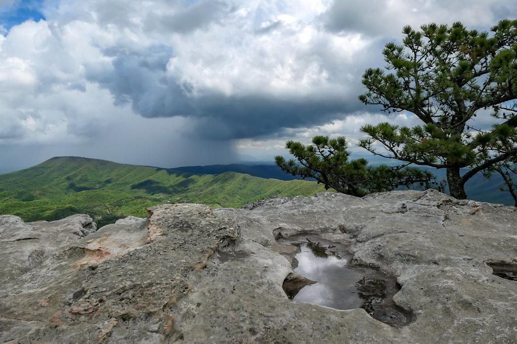 Tink Cliffs in the Distance, VA